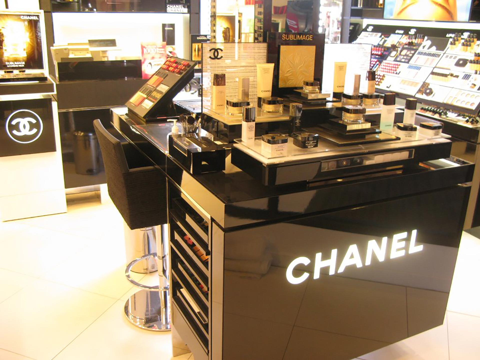 Chanel-Debenhams-Plymouth-02