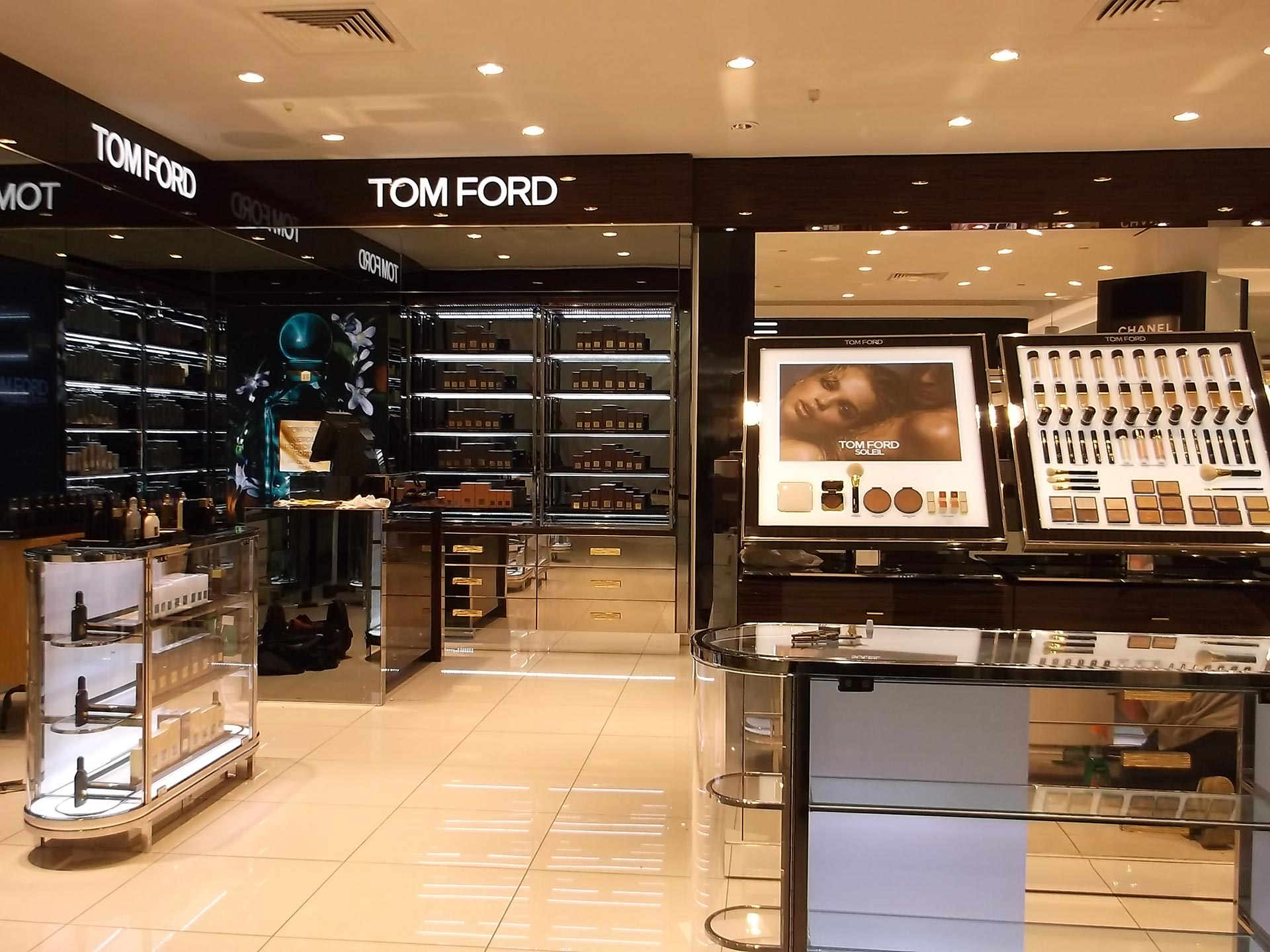 Tom-Ford-Fenwicks-Newcastle-02