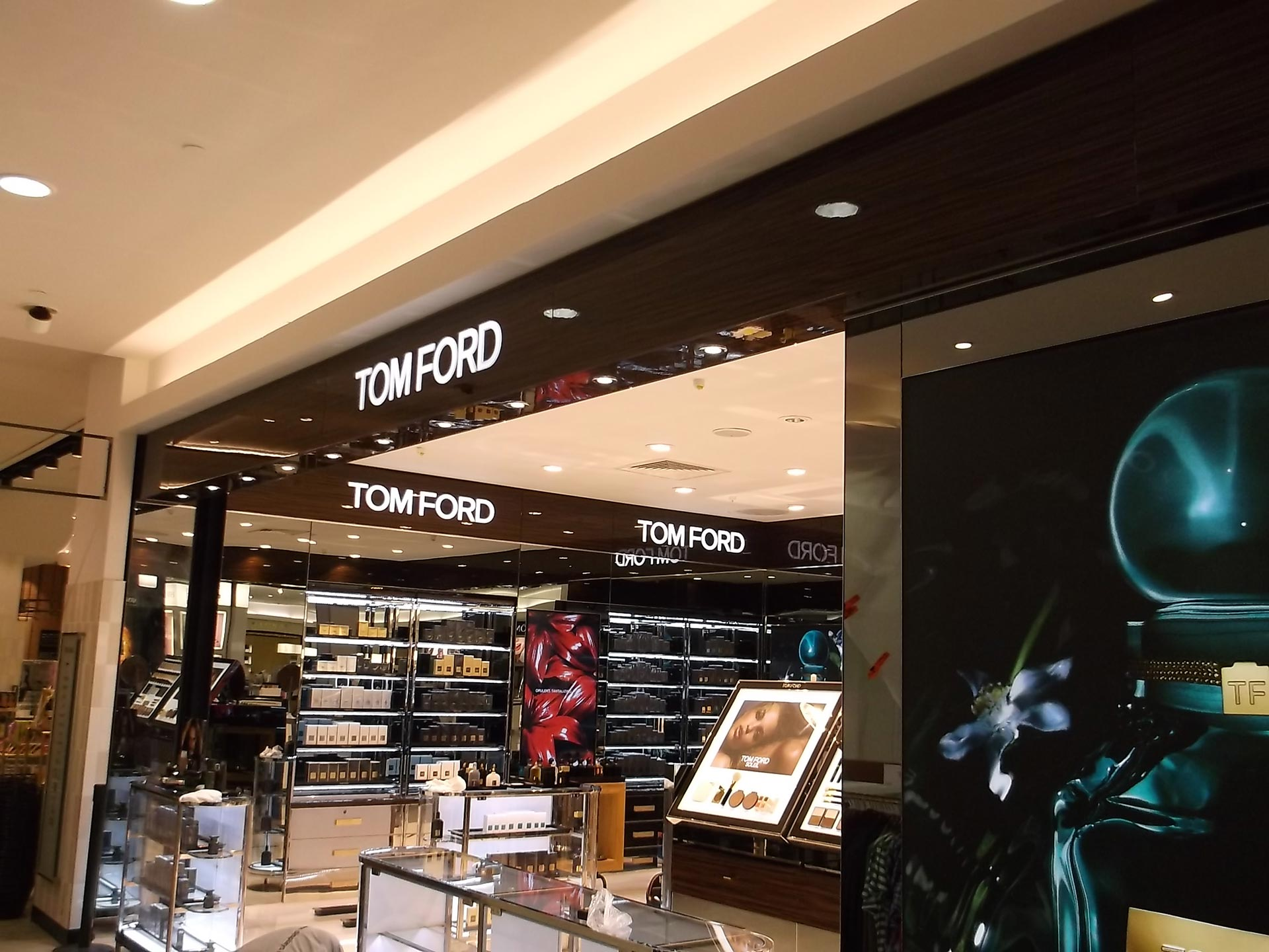 Tom-Ford-Fenwicks-Newcastle-03